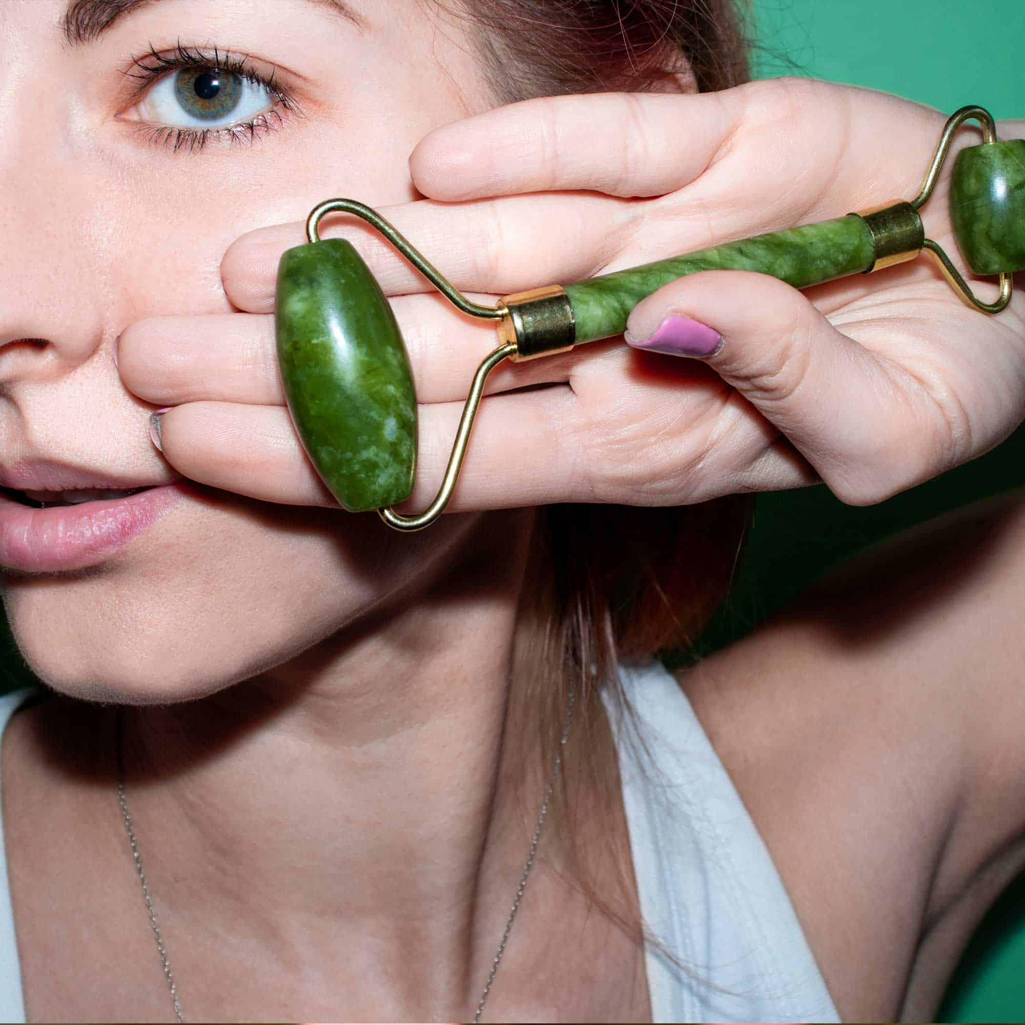 Jade Roller - Gesichtsmassage aus 100% echtem Jade Stein